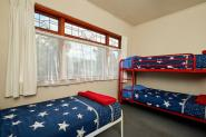five-bed-dorm-dolphin-lodge-30365
