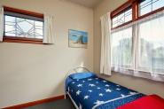 five-bed-dorm-dolphin-lodge-30376